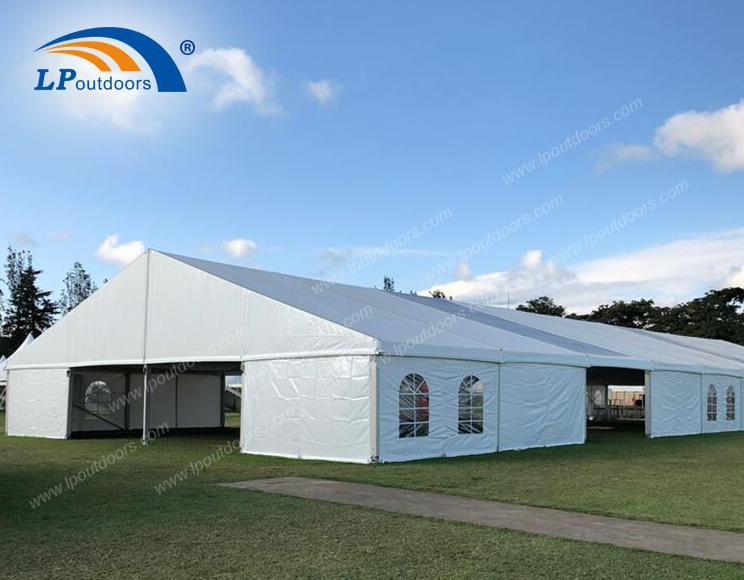 Waterproof clearspan temporary emergency isolation tent for hospital use