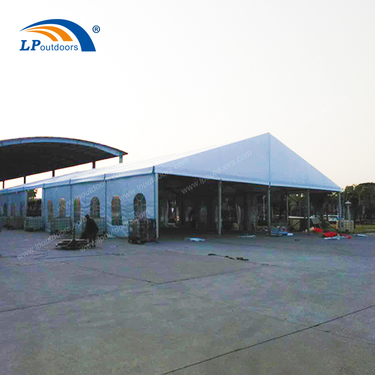 The 20X50m large tent with transparent window cloth achieves 100% space utilization